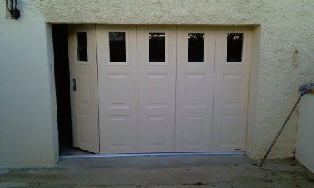 portes de garage sectionnelles laterales et battantes prestige fermetures. Black Bedroom Furniture Sets. Home Design Ideas