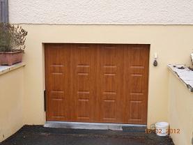 Portes de garage sectionnelles laterales et battantes - Porte de garage sectionnelle motorisee avec portillon ...